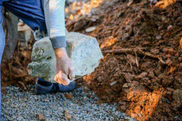 1509630623890 | Как построить поддерживающую стену из натурального камня