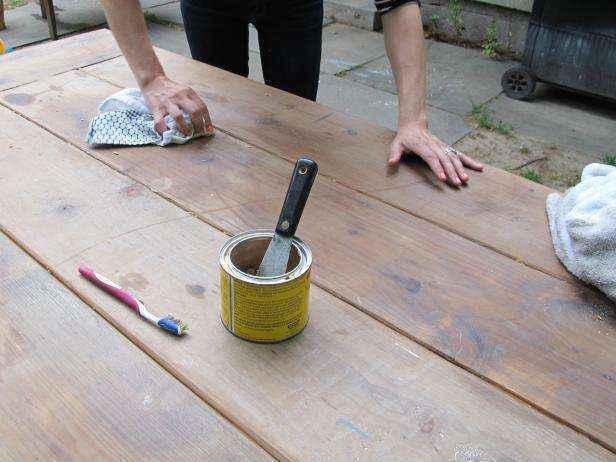 1523985819145 | 5 способов почистить и обновить уличную мебель перед наступлением лета