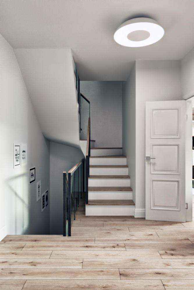 3-1-modern-light-scandinavian-style-interior-staircase-in-townhouse-white-doors-walls-light-gray-ceiling-lamp-parquet-floor | Стильный таунхаус с дизайном в смешанном стиле в Подмосковье
