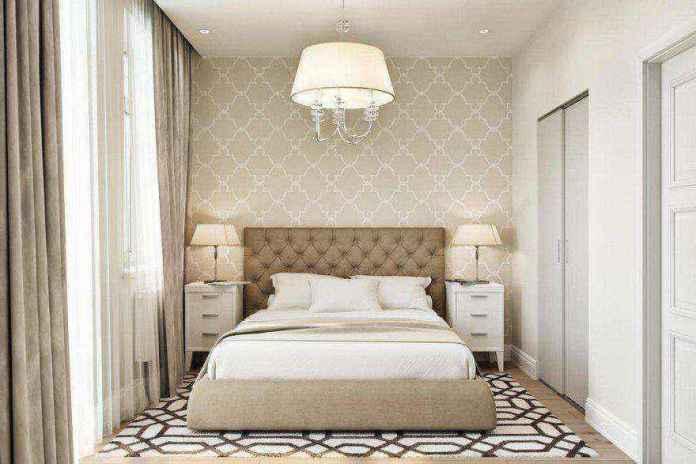 4-2-modern-light-scandinavian-style-interior-bedroom-beige-white-gray-capitone-bed-geometrical-wallpaper-rug-carpet-nightstands-bedside-lamps-upholstered-bed-walk-in-closet | Стильный таунхаус с дизайном в смешанном стиле в Подмосковье