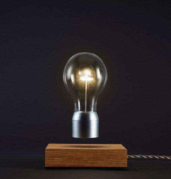 levitating-light-designer-wooden-table-lamps-600x627 | Необычное рядом: дизайнерские настольные лампы