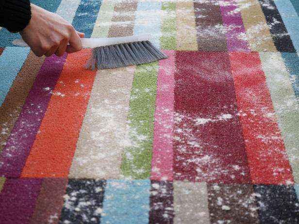 1455655769247 | Как сделать полностью натуральное сухое средство для чистки ковров