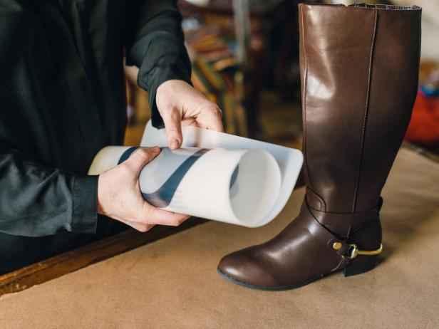 image2-59 | Как сделать вазу из сапога