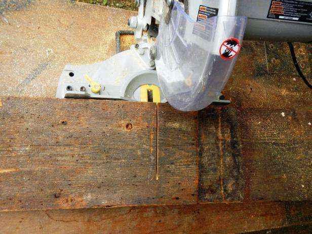 image5-44   Как сделать передвижную грядку на колесах из старых поддонов