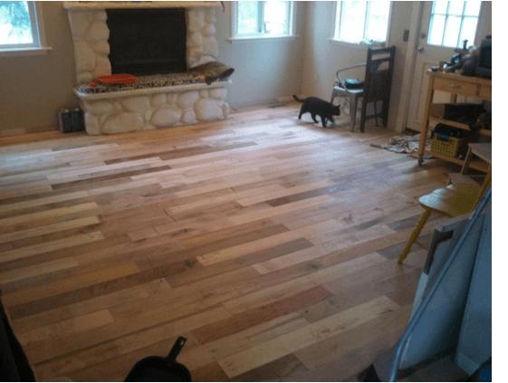 piso-madera-6 | Как сделать необычный пол из деревянных плашек с небольшим бюджетом