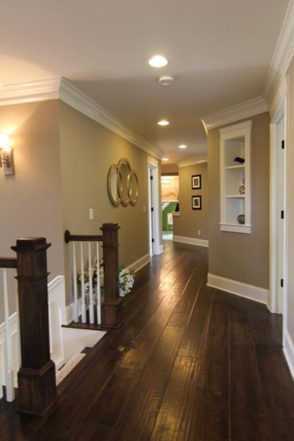 image13-3   30 идей темного деревянного пола в гостиной