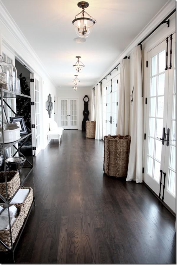 image14-2   30 идей темного деревянного пола в гостиной