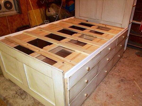 image16-10 | 20 идей хранения под кроватью