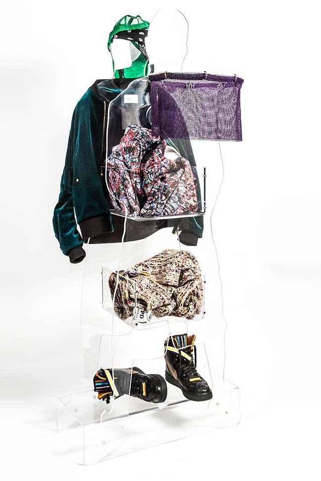 image15-8 | 20 необычных вешалок для одежды
