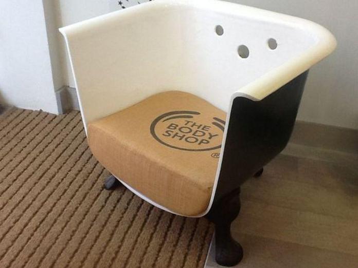 image9-29   Как сделать современное кресло из старой ванны