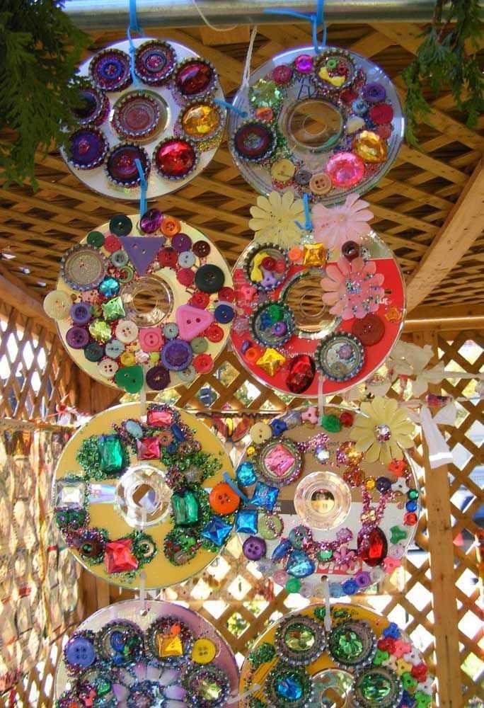 image18-6   Новогодние украшения из ненужных компакт-дисков