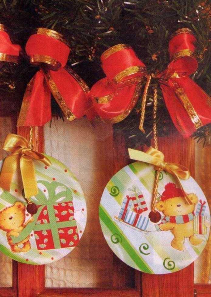 image6-33 | Новогодние и Рождественские украшения из компакт-дисков