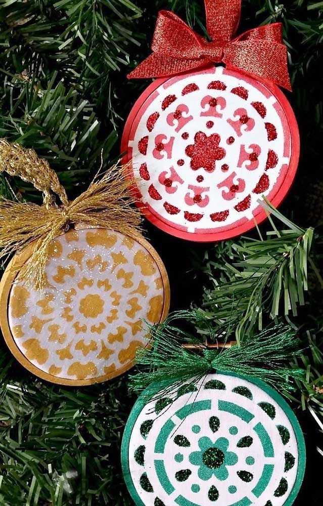 image9-26   Новогодние украшения из ненужных компакт-дисков