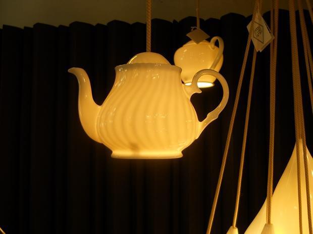 image9-46 | Потрясающие идеи самоделок из чашек и чайников
