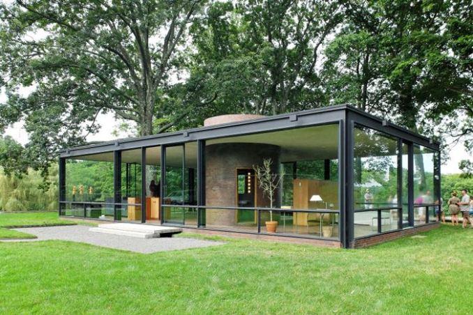 Glass House, ev ve etrafındaki doğa.  Dök Mimarlık © Blaine Brownell