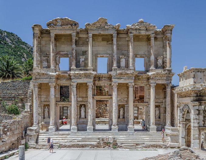 Efes Antik Kenti Cellus Kütüphanesi / Dök Mimarlık