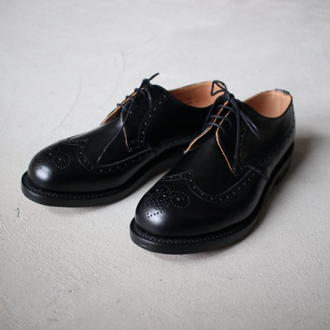 BLACK DERBY BROGUE SHOE #black