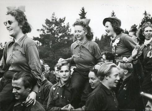 Aktiviteter ved Øreryd flyktningleir, sommeren 1941. Arkivreferanse: RA/PA-1209 NTBs krigsarkiv, Uc, 67, 3, S 1040.