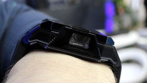 projektörlü akıllı saat haier asu 3