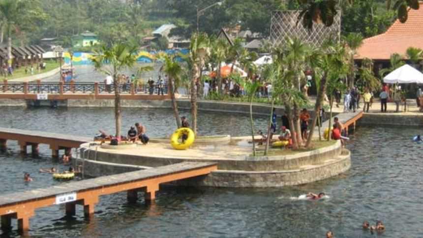 Wendit Waterpark Wendit Waterpark Cover - Dolan Dolen