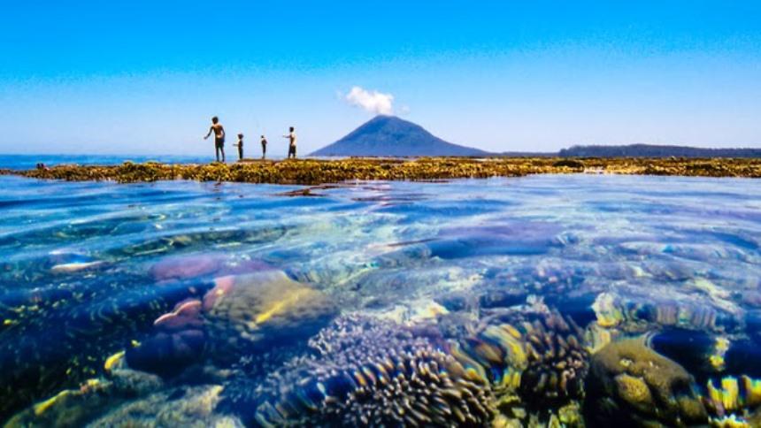 Taman Laut Nasional Bunaken Taman Laut Nasional Bunaken - Dolan Dolen