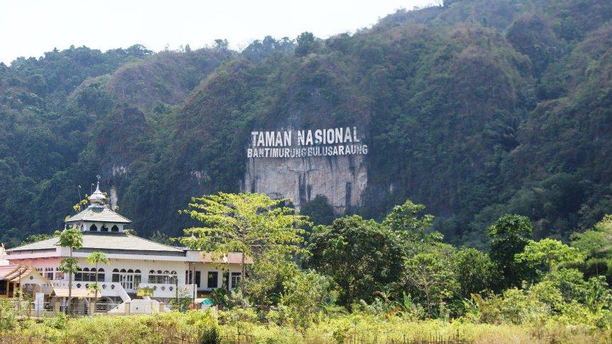 Taman Nasional Bantimurung Bulusaraung Taman Nasional Bantimurung Bulusaraung - Dolan Dolen
