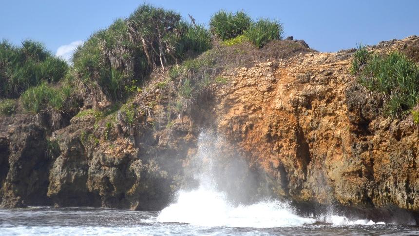 Pantai Jonggring Saloko Pantai Jonggring Saloko - Dolan Dolen