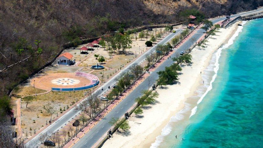 Jalan Pantai di Timor Leste Jalan Pantai di Timor Leste - Dolan Dolen