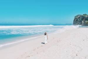 Pantai Kuncaran Malang