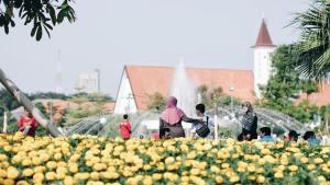 Taman Balai Kota Surabaya, Taman Balai Kota, Taman Surabaya, Dolan Dolen, Dolaners taman balai kota surabaya - Dolan Dolen