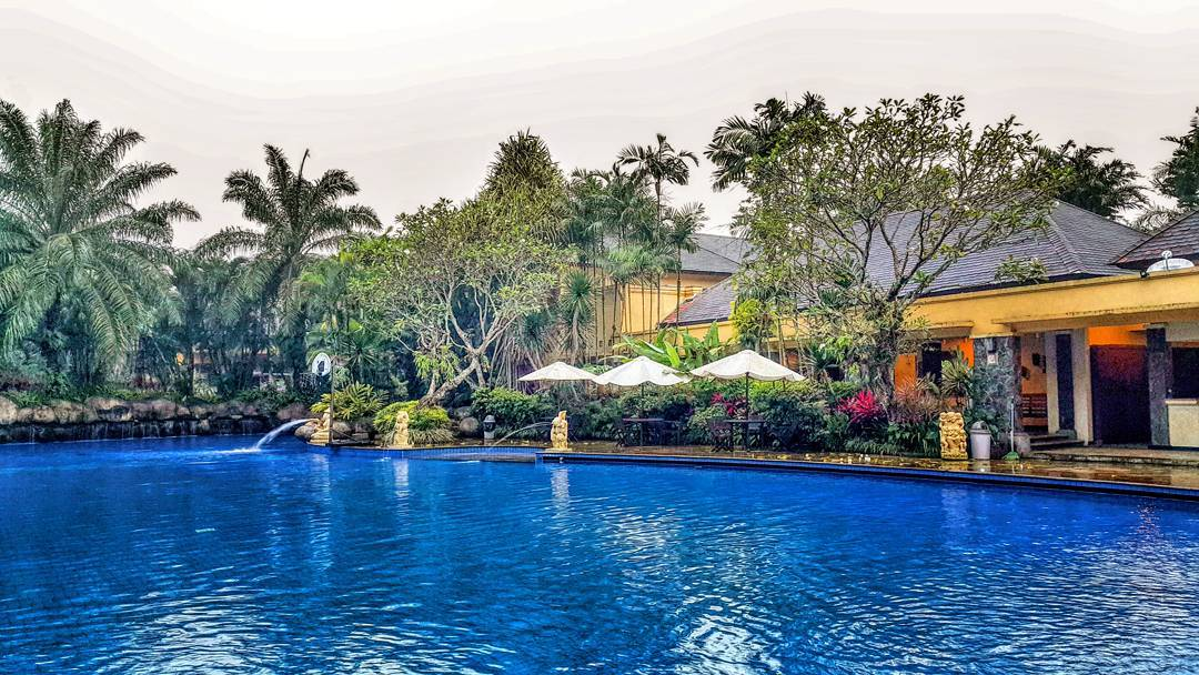 Araya Swimming Pool, Araya Swimming Pool Malang, Malang, Kota Malang, Dolan Dolen, Dolaners Araya Swimming Pool via antariksasudikno - Dolan Dolen