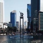 Monumen Selamat Datang Jakarta bundaran hi - Dolan Dolen