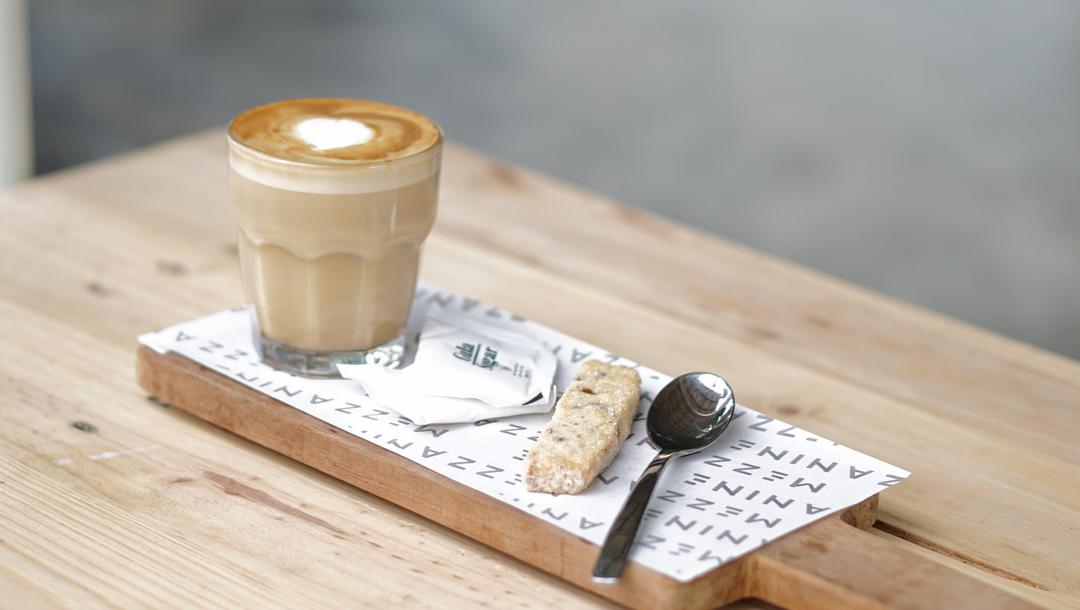 Mezzanine Eatery & Coffee, Mezzanine Eatery & Coffee Yogyakarta, Yogyakarta, Dolan Dolen, Dolaners Mezzanine Eatery Coffee via robbyhariyanto - Dolan Dolen