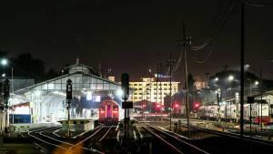 Stasiun Lempuyangan, Stasiun Lempuyangan Yogyakarta, Yogyakarta,, Dolan Dolen, Dolaners Stasiun Lempuyangan by mkmnmkhlshn - Dolan Dolen