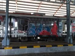 kereta-api-prambanan-ekspres-prameks-stasiun-yogya-tugu-solo-balapan-4