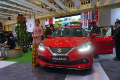 gaikindo indonesia internasional auto show giias 2017 ice bsd honda civic turbo type r toyota lexus bmw hino isuzu (80)