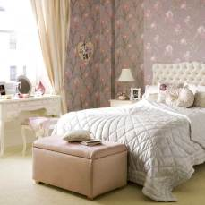http://www.housetohome.co.uk/bedroom/articles/four-looks-for-family-living_3_368527.html