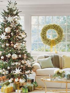 http://interiorhomeanddesigns.blogspot.com/2008/11/decorating-your-home-for-christmas.html