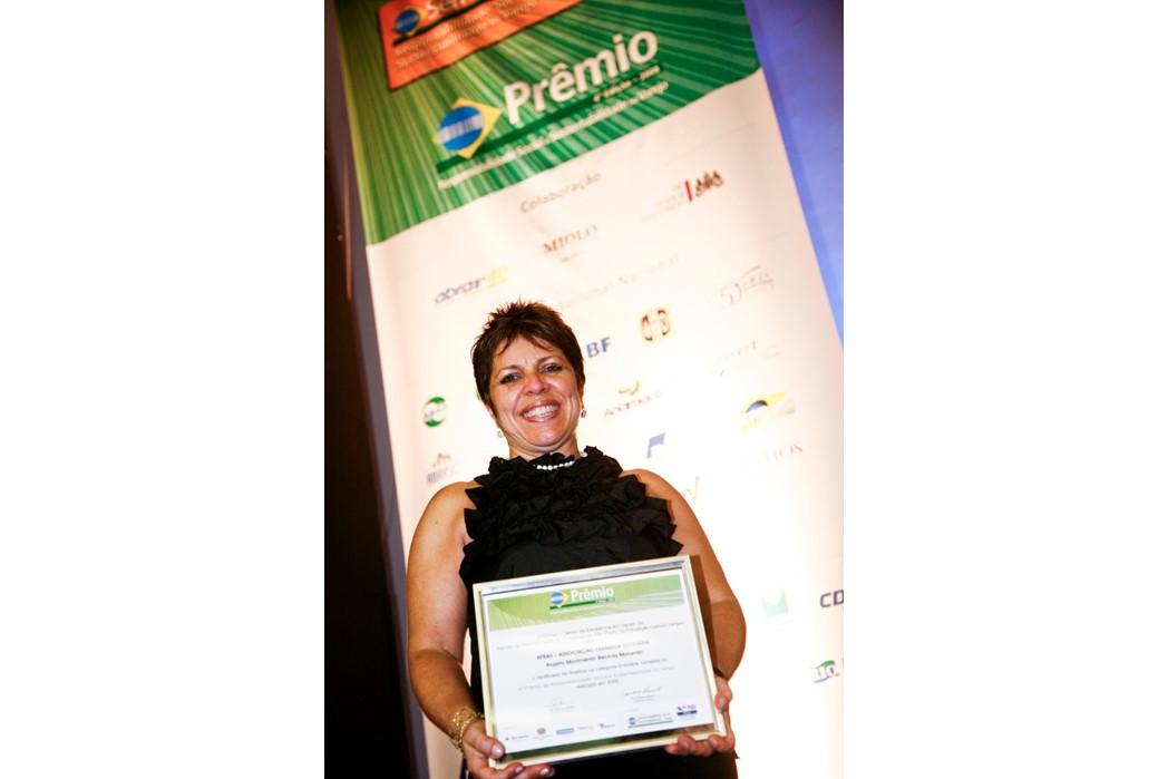 Eleine Bélaváry - Prêmio do Centro de Excelência e Sustentabilidade no Varejo da FGV