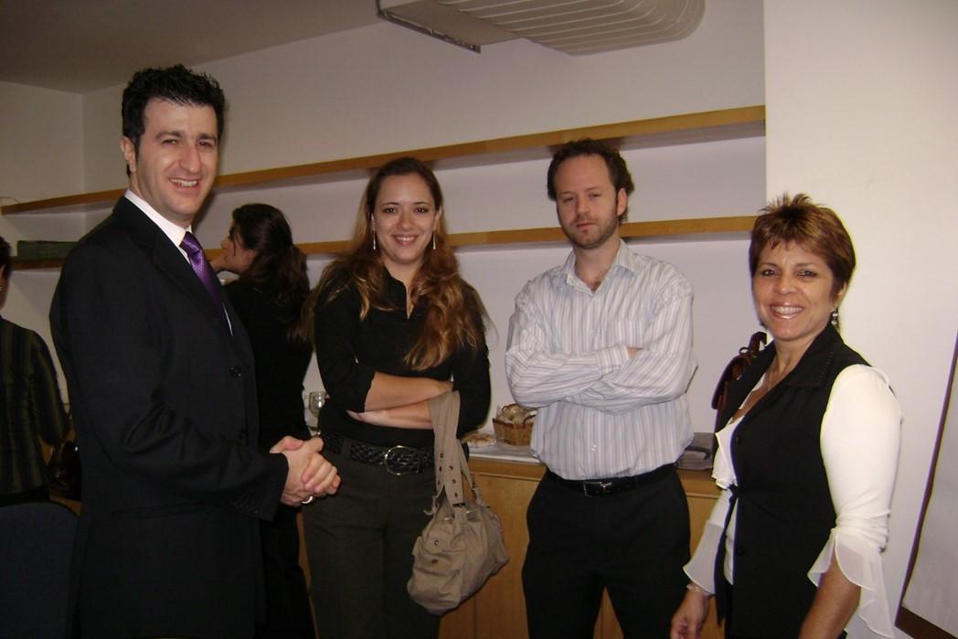 Nas pontas, Claudio Tieghi & Eleine Bélaváry (idealizadores do Recicla Morumbi) - Ana Paula e Michel Lam (no centro)