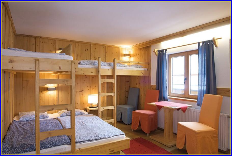 4 Bett Zimmer München