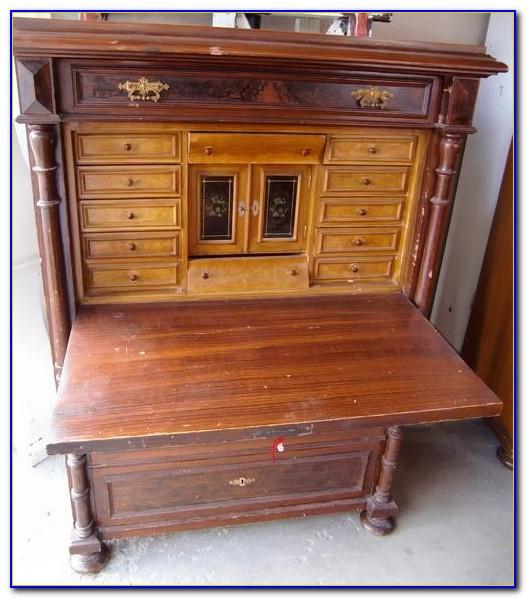 Antike Möbel Lübeck