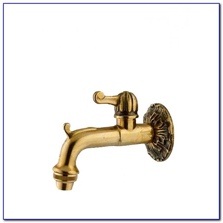 Antiker Wasserhahn Für Garten