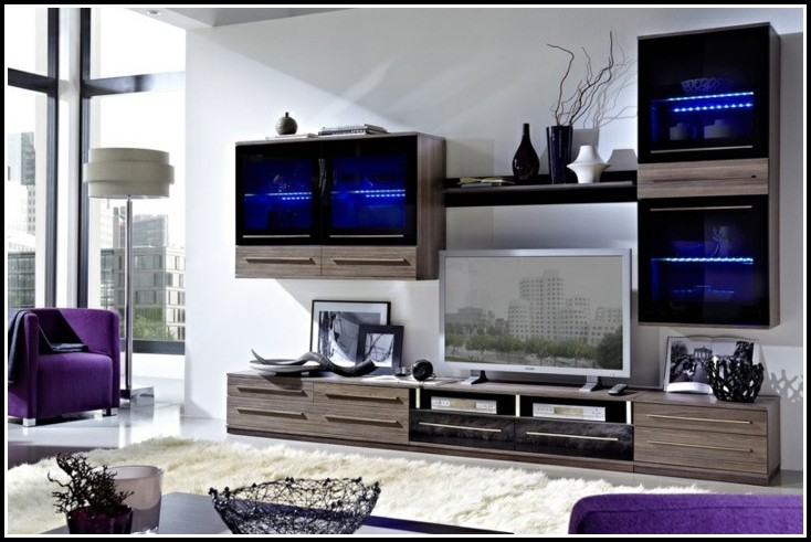 Attraktive Wohnwand In Modernem Design Mit Led Beleuchtung