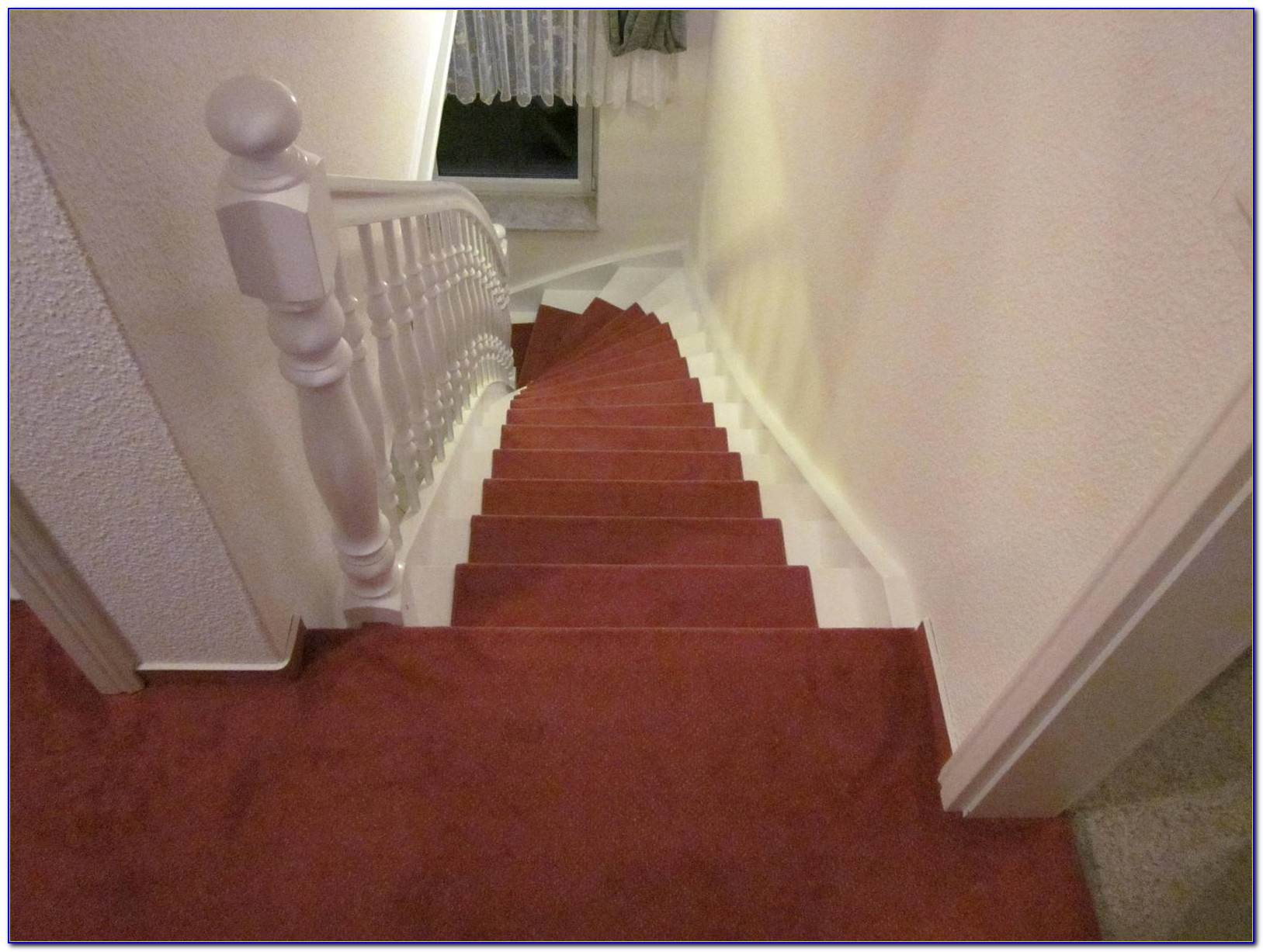 Auf Treppe Teppich Verlegen