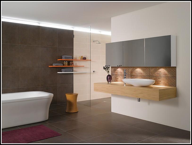Badezimmer Fliesen Ideen Schwarz Weiß