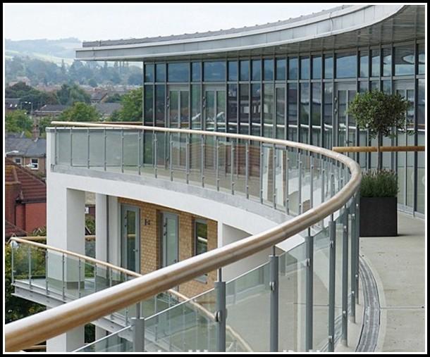 Balkon Aus Aluminium Oder Stahl