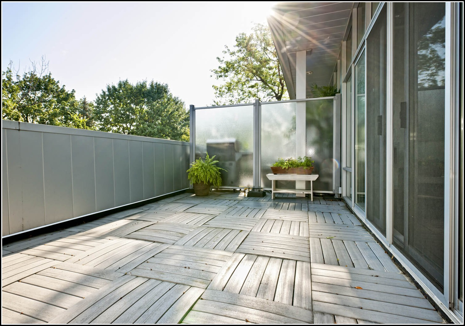 Balkon Sichtschutz Kunststoffplatten