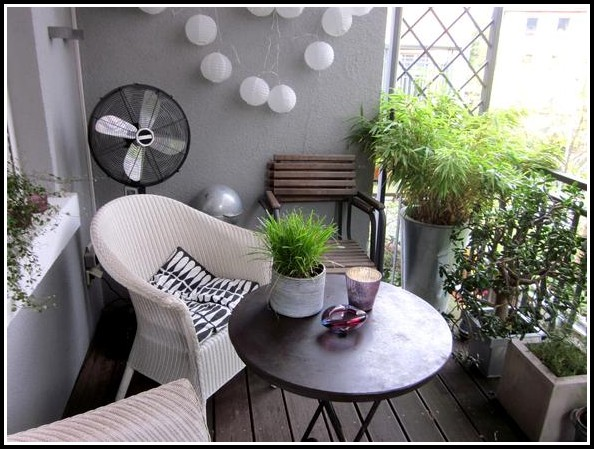 Balkonbelag Kunststoff Fliesen