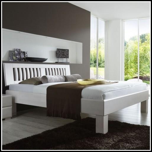 Bett 120×200 Weiß Metall